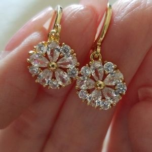 Jewelry - Gold plated Zirconia Earrings